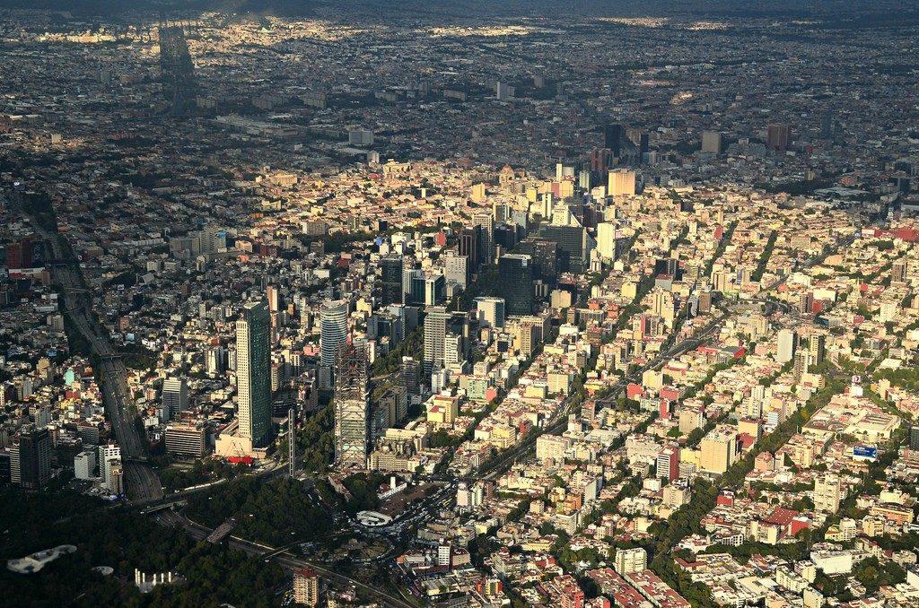 Oleo-aereo-para-la-ciudad-de-Mexico-1024x678